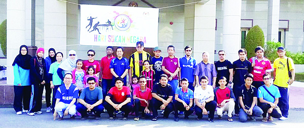 (Left to right): Photos taken from the Malaysian Embassy National Sports Day celebration.
