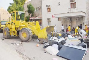 Items put up for sale in 'Souk Haramiya' are confiscated.