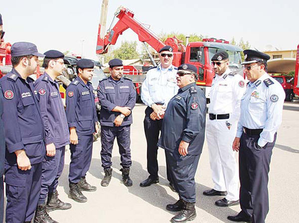 Brigadier General Mohammad Al-Mahmeed visits installations at the backup center.