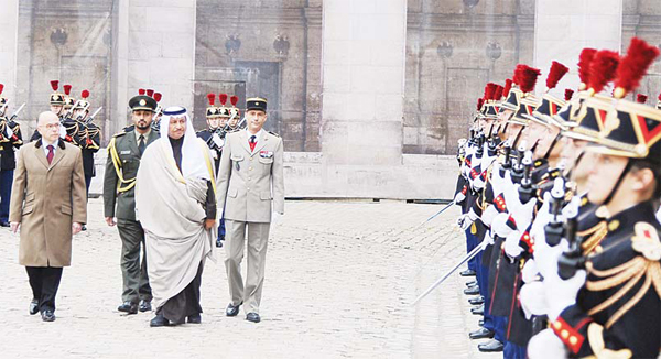 His Highness the Prime Minister of Kuwait Sheikh Jaber Al-Mubarak Al-Hamad Al-Sabah, along with French Minister of Interior Bernard Cazeneuve, review honor guards in Paris, France on Oct 20