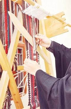 sadu-weaving