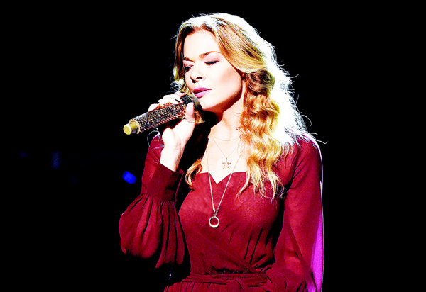 Singer LeAnn Rimes performs during the CMA 2015 Country Christmas on Nov 7, in Nashville, Tennessee. (AFP)