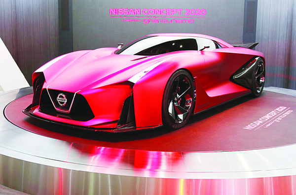 In this Oct 28, 2015 photo, Nissan Concept 2020 is displayed at the Tokyo Motor Show in Tokyo. Nissan's profit for the July-September quarter zoomed 38 percent higher on healthy sales in China, the US and Europe, prompting the automaker to raise its full-year projections. Yokohama, Japan-based Nissan Motor Co reported on Nov 2, a fiscal second quarter profit of 172.8 billion yen ($1.4 million), up from 124.9 billion yen the year before. (AP)