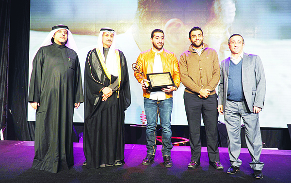 Right to left: Representatives of Gulf Bank and Joy Productions accepting the 'Affect Category' award at the 3rd Advertising Creativity Awards.