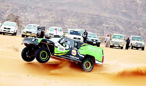 Yazeed Al-Rajhi takes a lead of over one hour into the final stage of the Ha'il Nissan Rally on Monday.