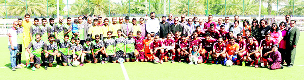 Goa Maroons and Kerala Challengers pose for a group photo.