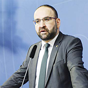 In this April 18, 2016 file photo, Sweden's Housing Minister Mehmet Kaplan appears before the media to confirm his resignation in Stockholm, Sweden. (AP)