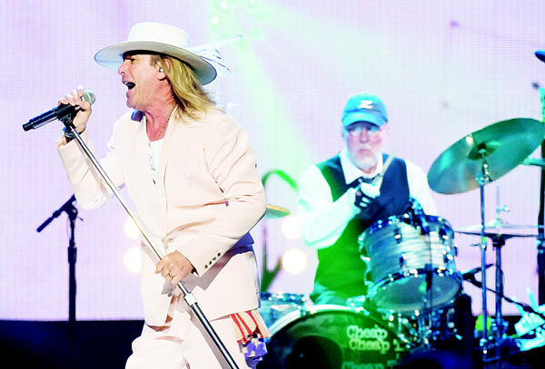 Inductees Robin Zander (left), and Bun E. Carlos from Cheap Trick perform at the 31st Annual Rock and Roll Hall of Fame Induction Ceremony at the Barclays Center on April 8, in New York. (AP/AFP)