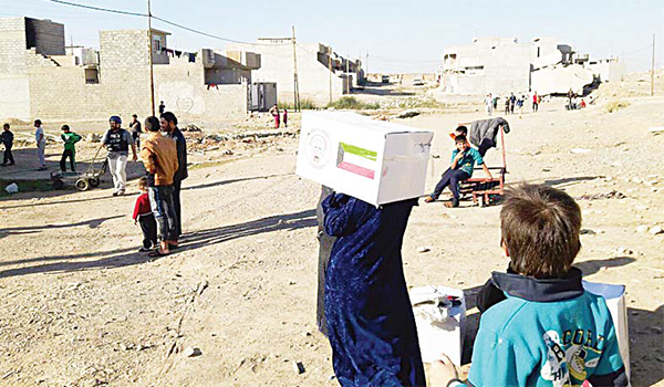 Kuwaiti humanitarian aid distribution to the people in Mosul.