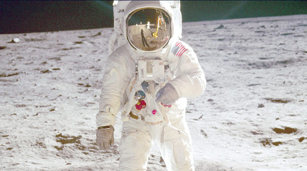 In extraordinary 'Apollo 11', the thrill of landing on ...