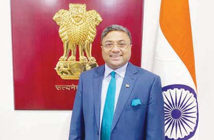 The Indian envoy congratulates Kuwait on the national holiday