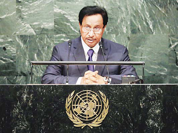 His Highness the Prime Minister of Kuwait Sheikh Jaber Mubarak Al-Hamad Al-Sabah addresses the 70th session of the United Nations General Assembly, at the UN headquarters on Sept 29. (AP)