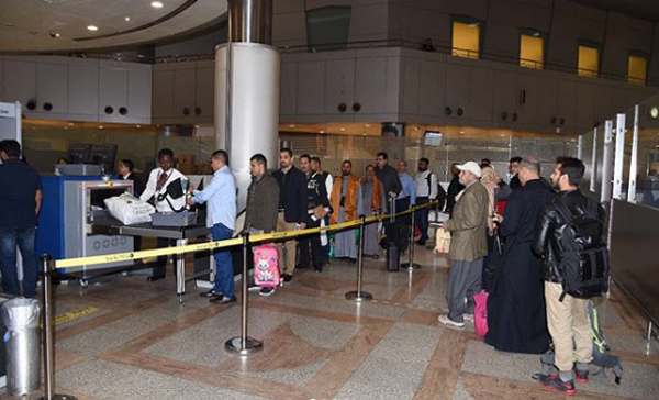 Indian thief caught on airport with KD 23,000 - ARAB TIMES